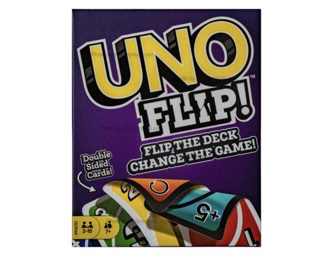 Uno Flip!-新設計,兩面都可以玩的Uno卡牌|桌遊規則介紹