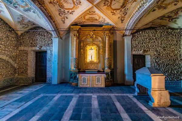埃武拉人骨禮拜堂-充滿死亡氣息的殿堂|Evora|葡萄牙租車