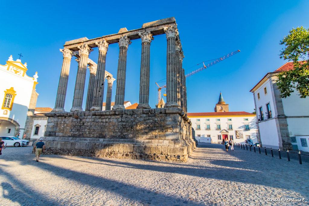 埃武拉羅馬神廟-遊走歷史遺跡之間|Evora|葡萄牙租車