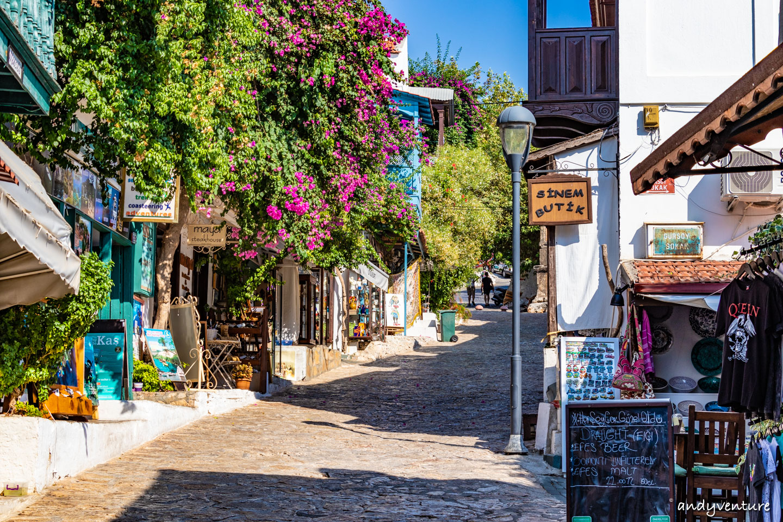卡什Kas-從沿海公路到希臘式港口小鎮|安塔利亞Antalya|土耳其租車旅遊
