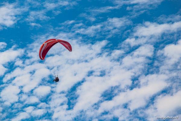 歐魯旦尼斯滑翔傘-體驗兩千公尺高空美景|歐魯旦尼斯Oludeniz|土耳其租車旅遊