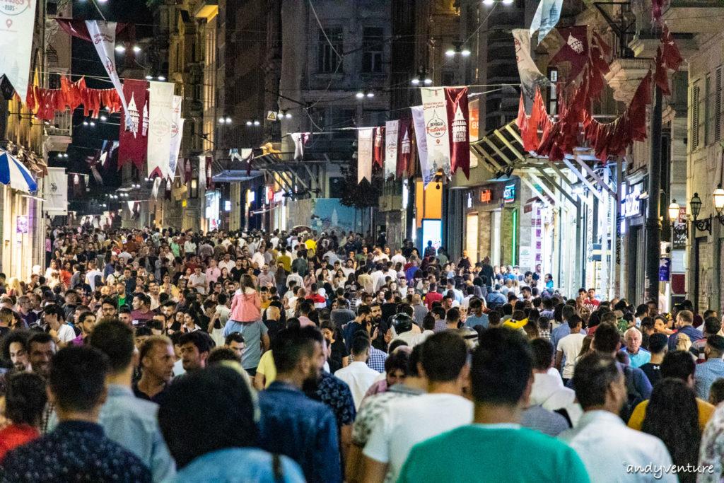 獨立大街和塔克辛廣場-逛逛百萬人潮的購物大道|伊斯坦堡Istanbul|土耳其租車旅遊